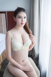 Escort  Jenny from Tottenham Ct Road