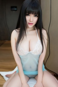 Escort  Selena from Goodge Street